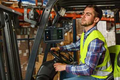 The F110 can be mounted to the forklift using a secure dock for ease of use, while Getac's Driving Safety Utility locks the device's UI and screen whenever the forklift is in motion, helping to prevent accidents and improve employee safety.